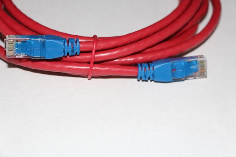 超五类非屏蔽网络跳线(舌模)