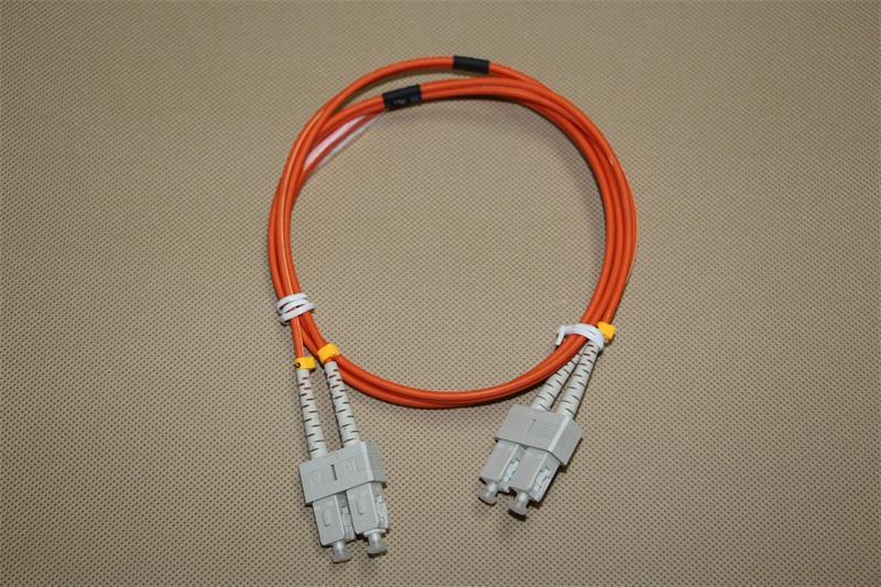 光纤跳线(双工)
